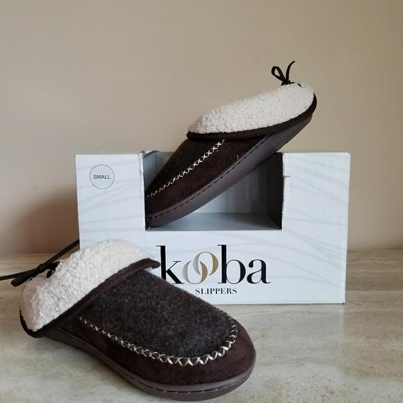 0a71a337093 Kooba Women s Slippers Size 6 Brown
